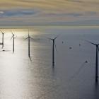 Siemens heeft tweederde van de turbines van Windpark Westermeerwind geïnstalleerd en de eerste groep turbines opgeleverd, waardoor ruim 26.000 huishoudens nu al van groene stroom worden voorzien (@Westermeerwind)